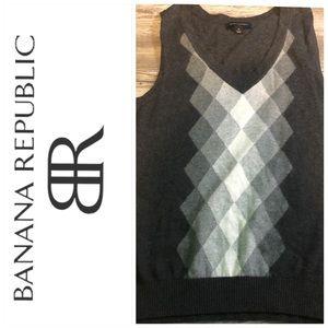 VGUC Banana Republic sweater vest medium